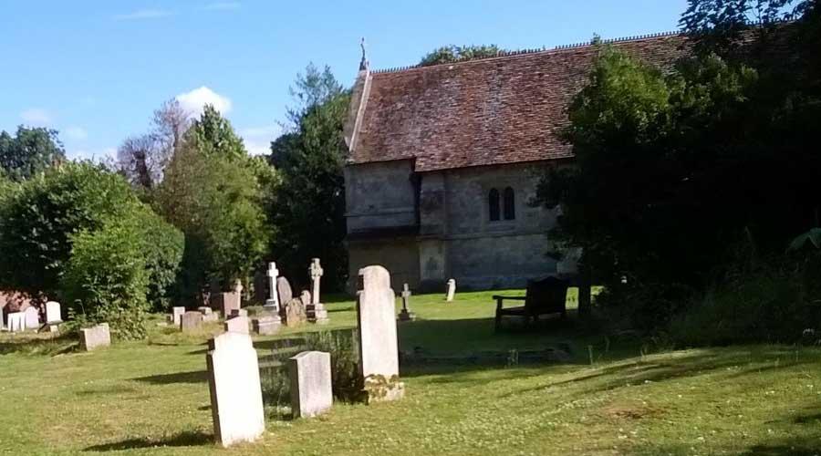 Viaje al Centro Bach: Alrededores-El cementerio