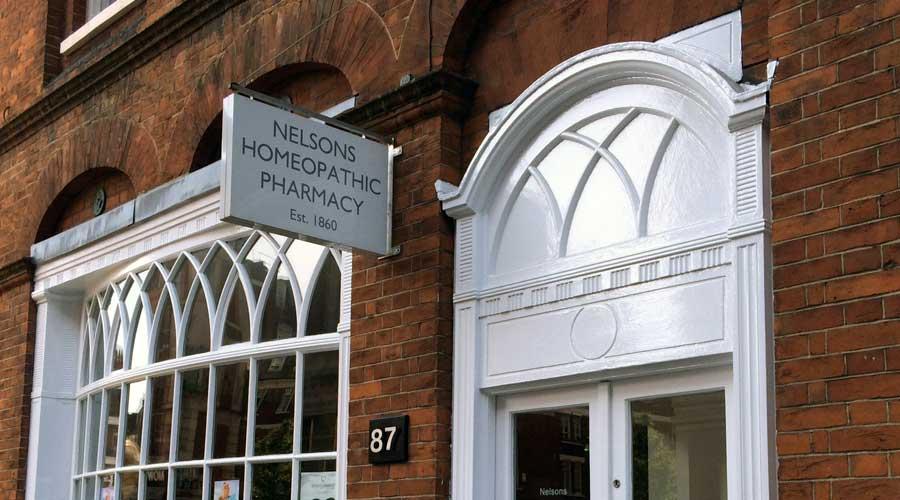 Viaje al Centro Bach: LONDRES-Farmacia Nelsons
